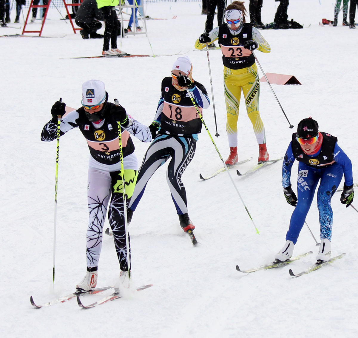 This pic is from our archives, but it must be noted that Maya MacIsaac-Jones (no 3)  won the Jr Women, while Angus Foster was top Jr men (photo: Julie Melanson)/Cette hoto est de nos archives, mais il faut souligner que Maya MacIsaac-Jones (no 3) a enlevé l'épreuve chez les femmes juniors tandis qu'Angus Foster a dominé chez les juniors hommes (photo: Julie Melanson)