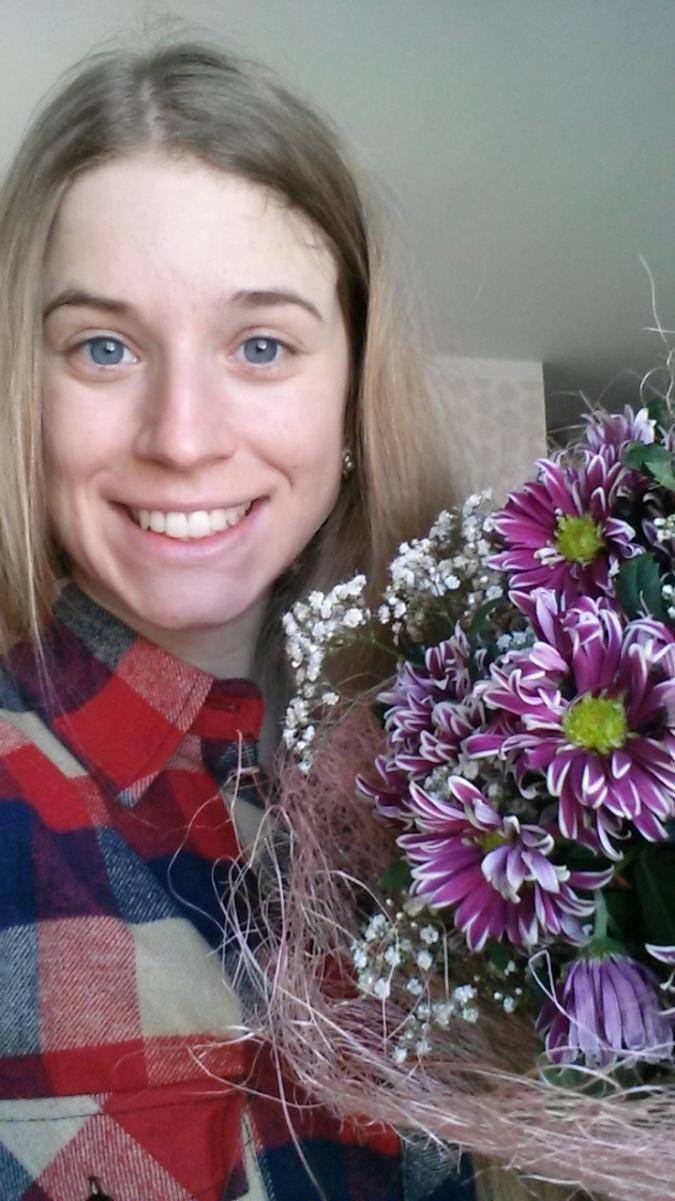 Cendrine Browne avec le bouquet de la victoire!