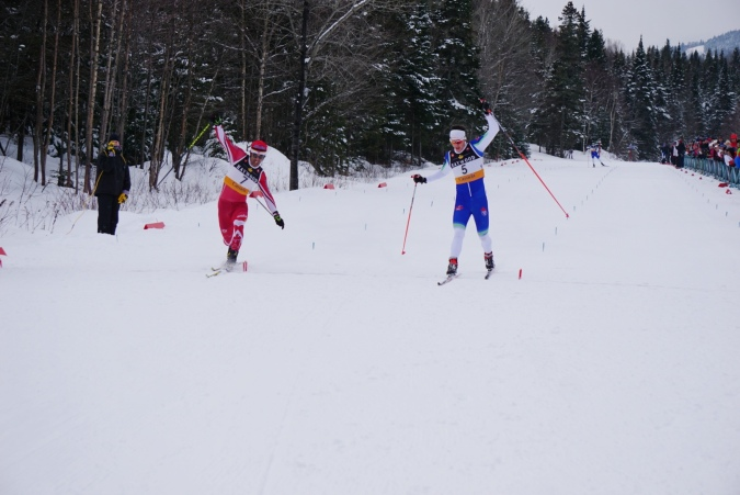 Evan Palmer-Charrette beats Brian McKeever in a photo finish , Sunday, at mont Ste-Anne (photo: pierre shanks)